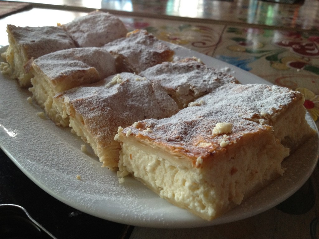 Placinta cu brinza (Cheese pie)